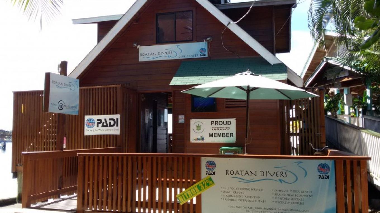 Roatan Divers front – Saaya Sorrells-Weatherford