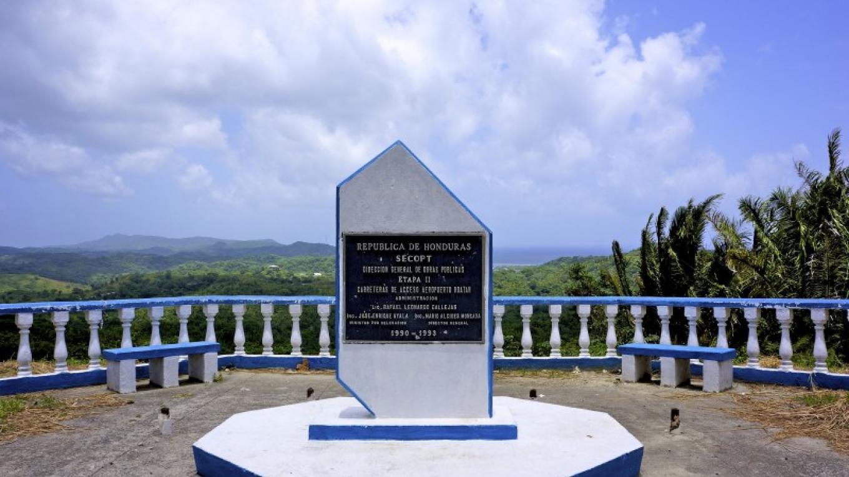 Santos Guardiola Roadside Monument – Carey Satin