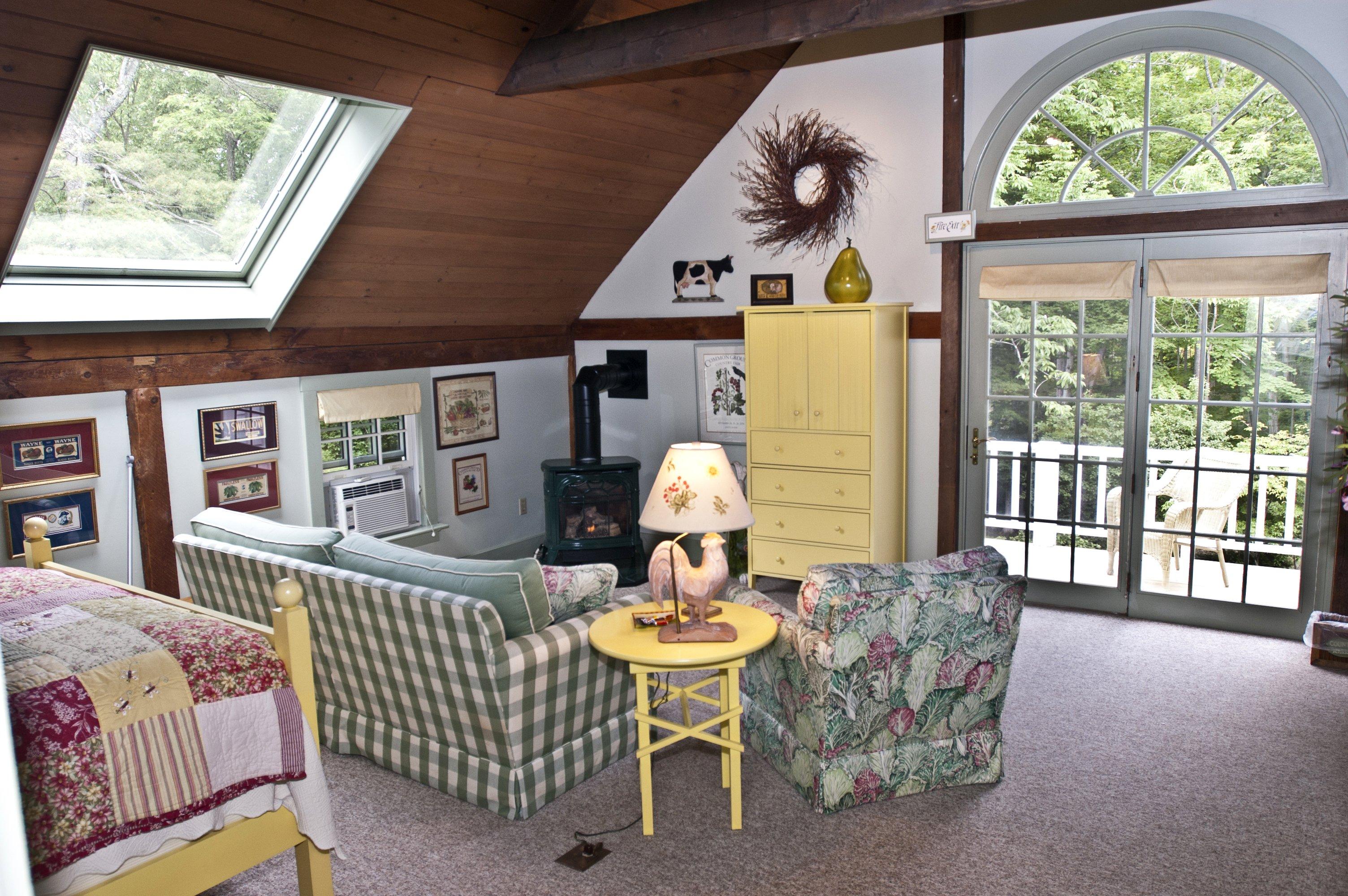 the Common Ground Junior Suite
