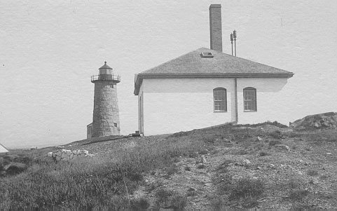 Historic photo of Libby Island Light Station. Today, most of the buildings are gone.