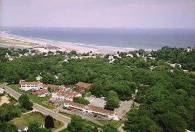 Meadowmere Resort Ogunquit Playhouse packages in Maine