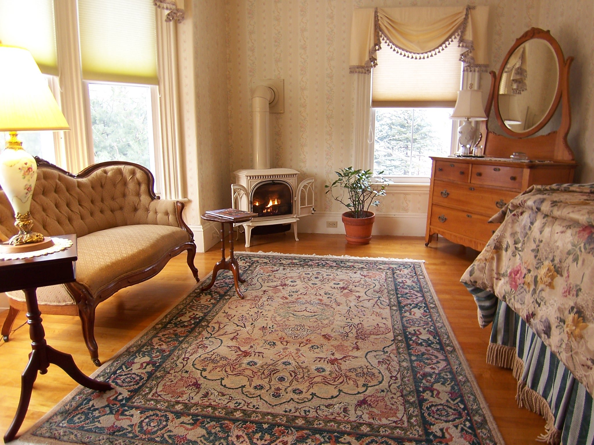 Bette Davis Room at Inns at Blackberry Common in Camden, Maine - a favorite guestroom