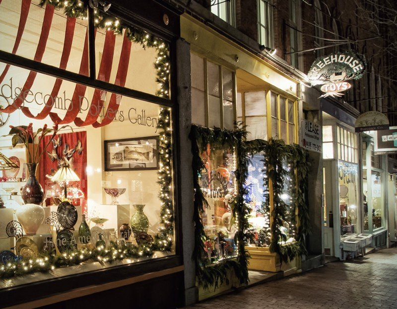 A Portland boutique shop decorated for the holidays