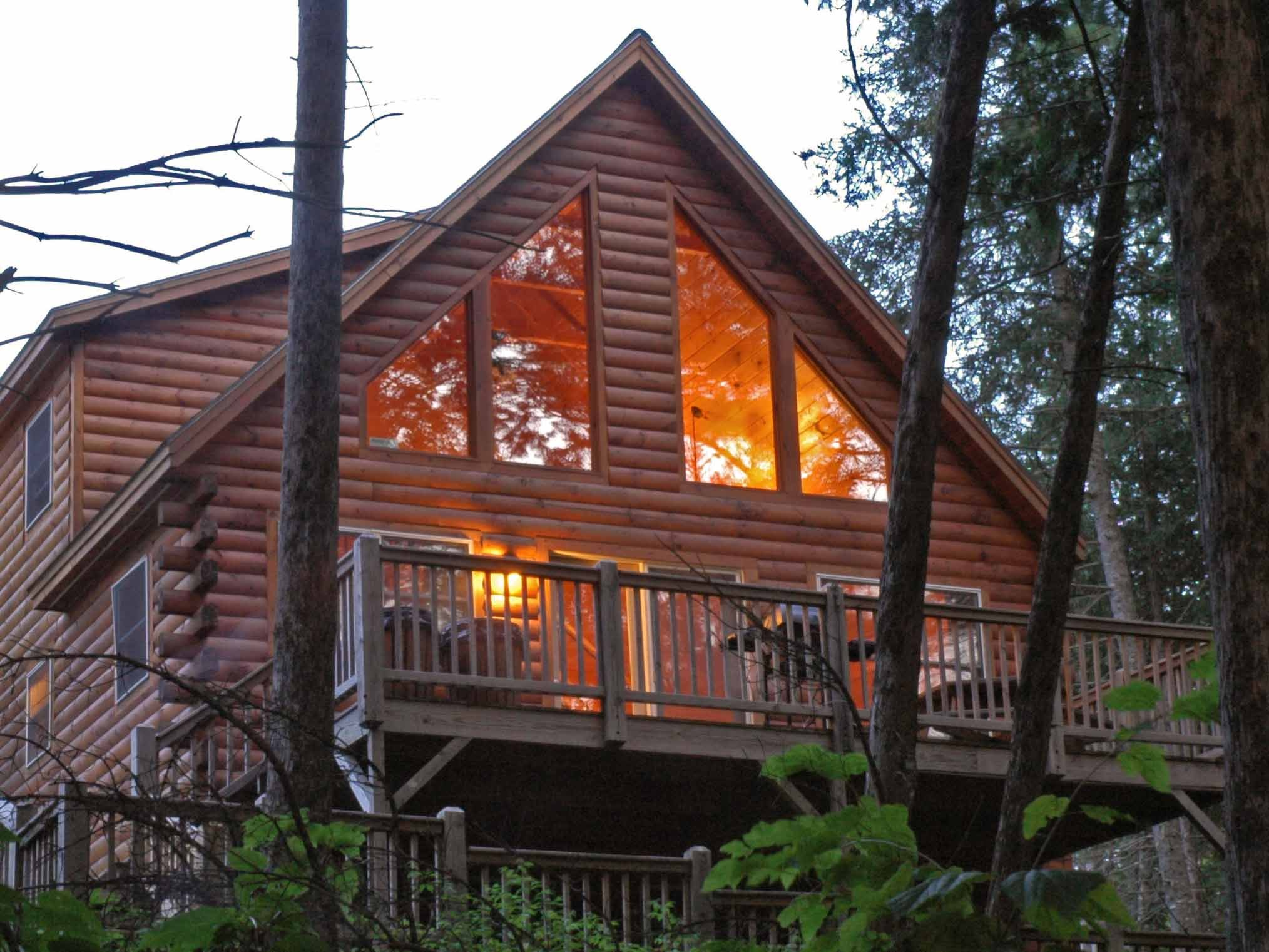 Black Bear is another popular large private cabin tucked in the woods and within walking distance of the lodge.