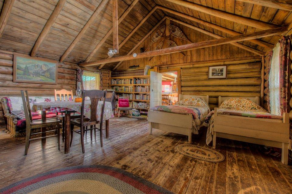 Inside the Sabotowan cabin