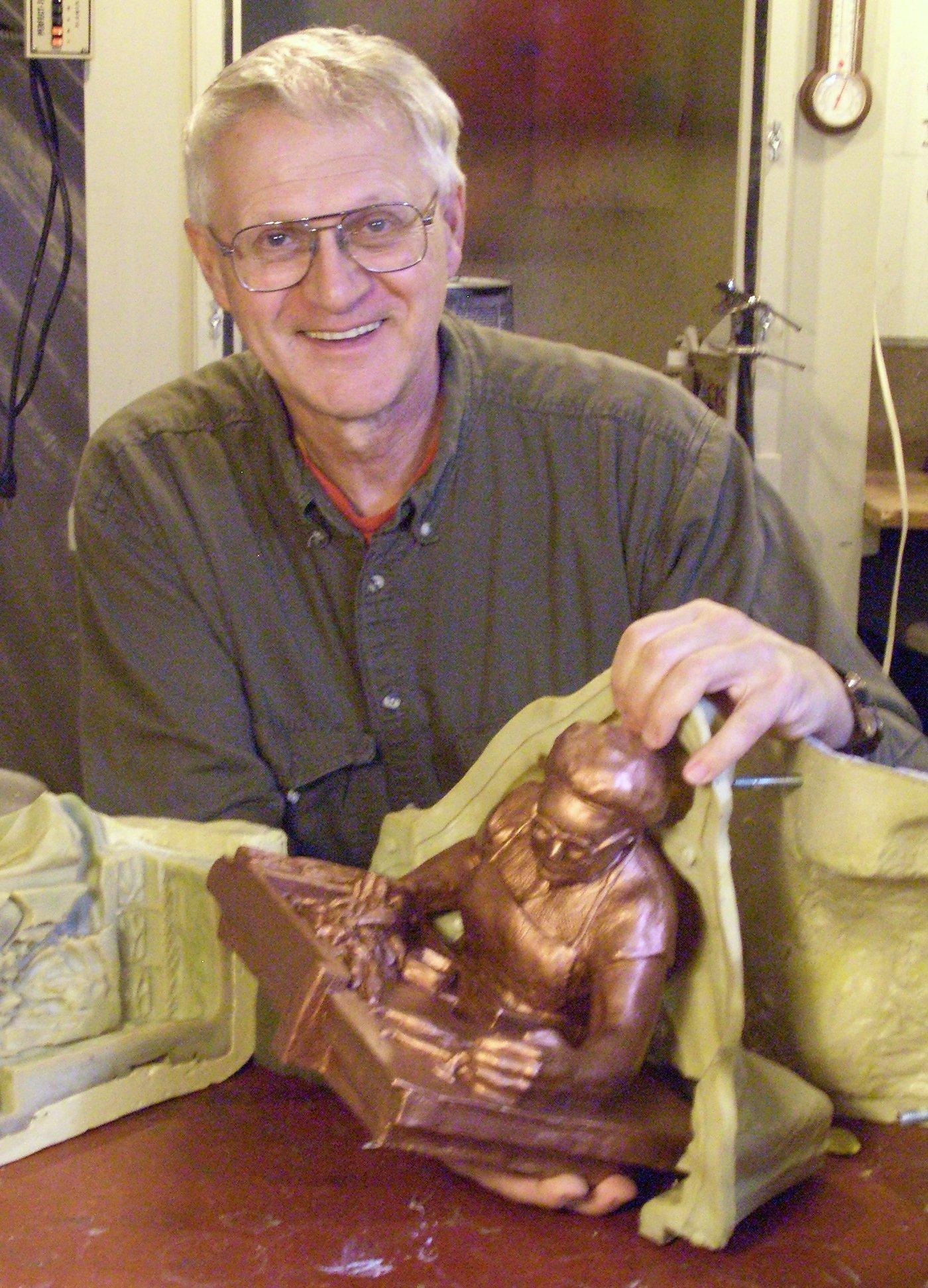 Dana McEacharn, sculptor since 1972