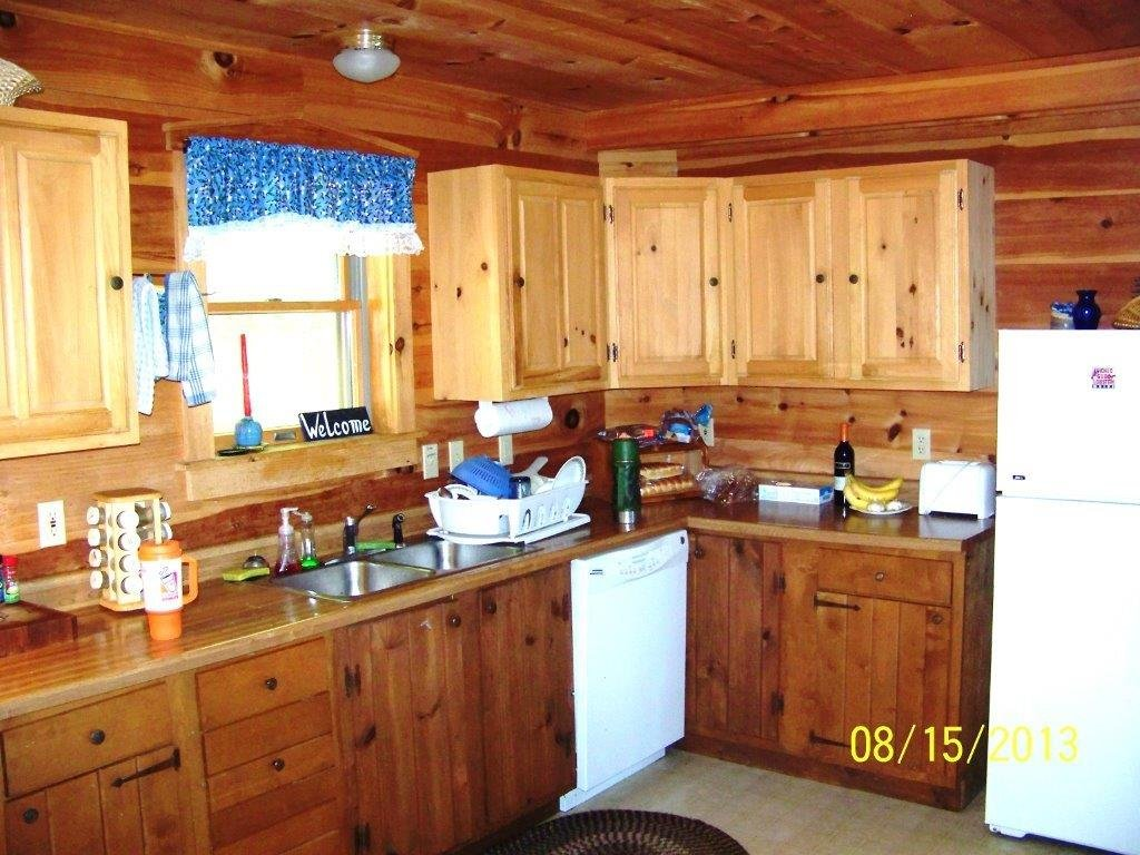 Kitchen of Duck Cove Cottage