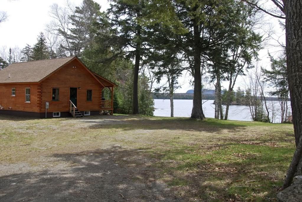 Lakeside Cabins, Tomhegan