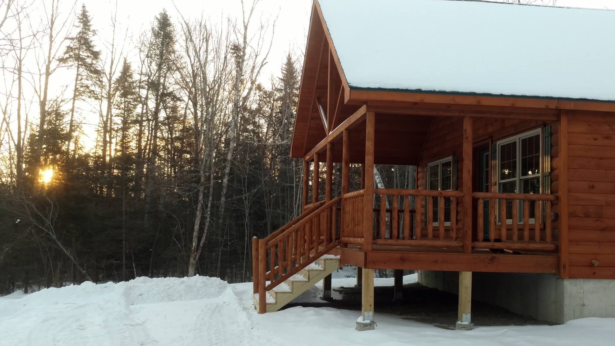 Authentic Maine Sporting Lodge  at Twin Maple Outdoors