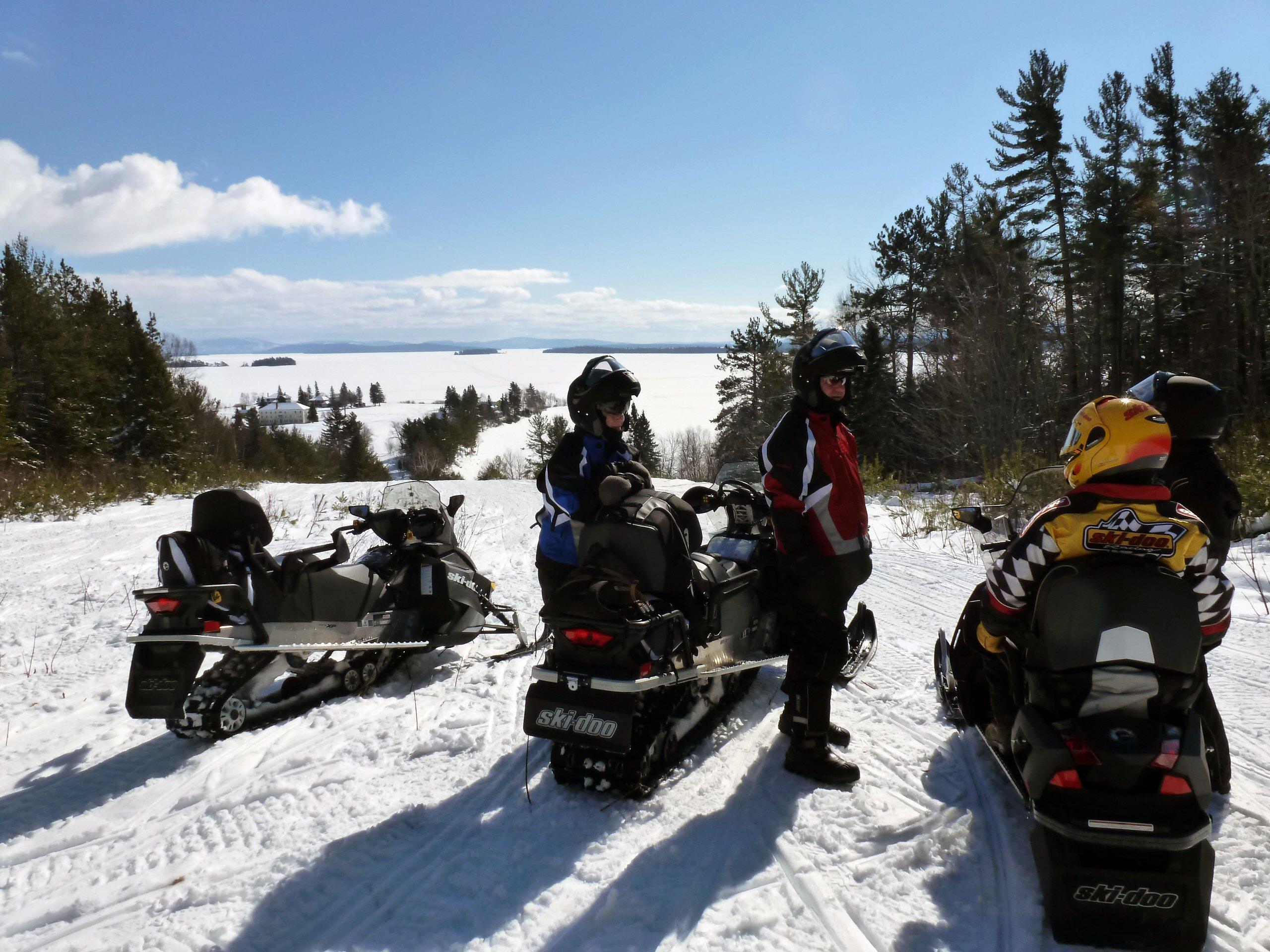 Maine Snowmobile Rentals and Tours