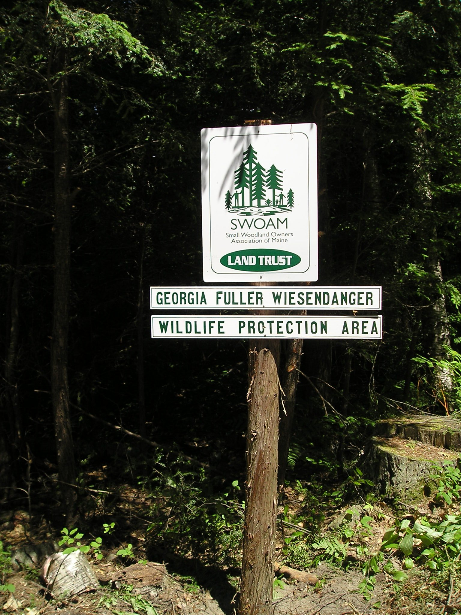 SWOAM Land Trust sign at the entrance to the Georgia Fuller Wiesendanger Wildlife Protection Area in Winthrop/Readfield.