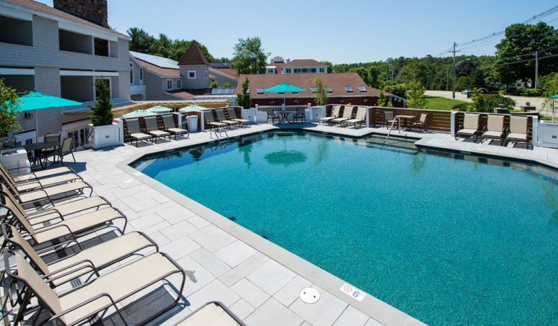 Family friendly Ogunquit Maine hotel accommodations with outdoor pool at Meadowmere Resort for July 4th