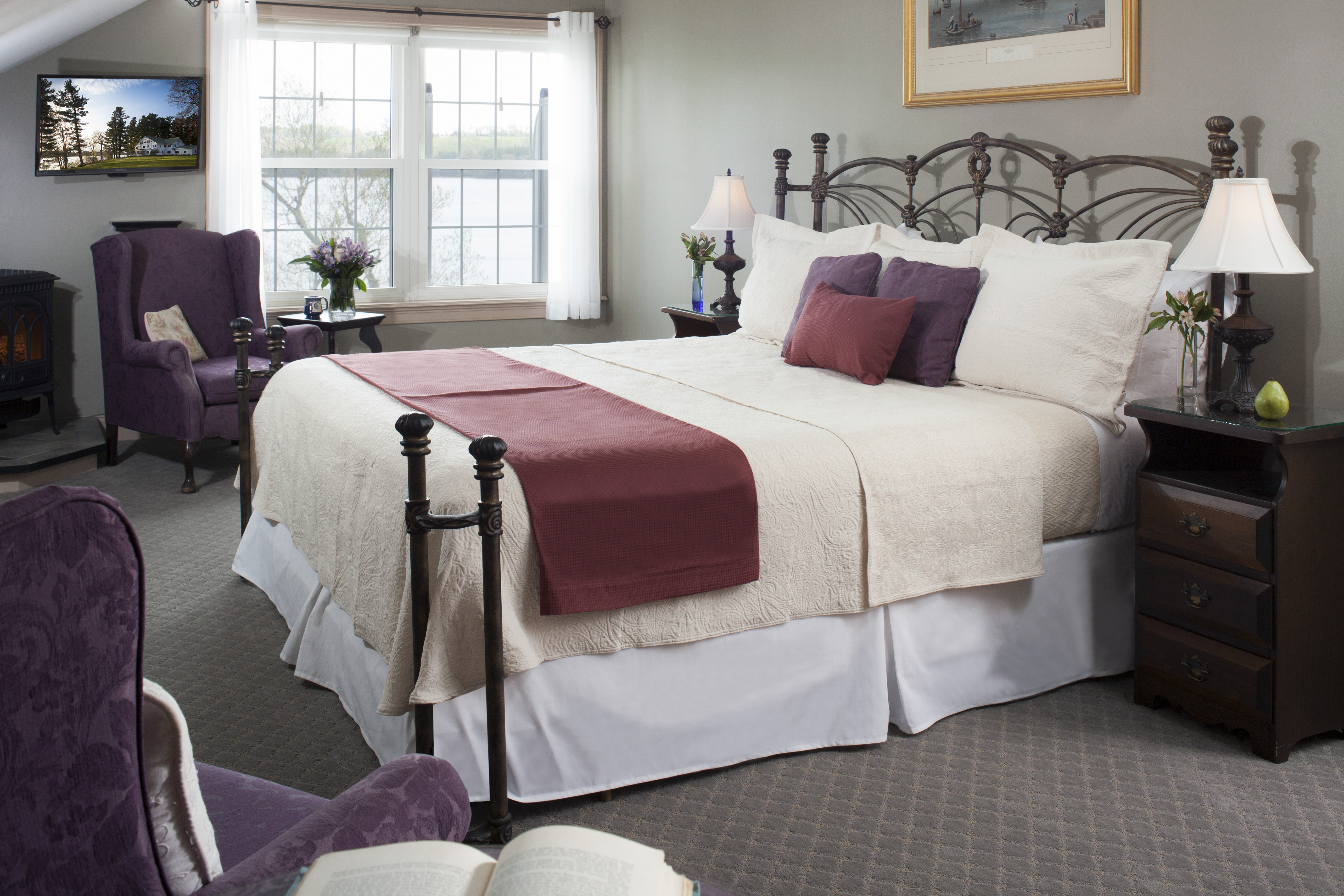 Cadillac Mountain suite, with its huge wrought iron bed and spa is just the spot for some romance.