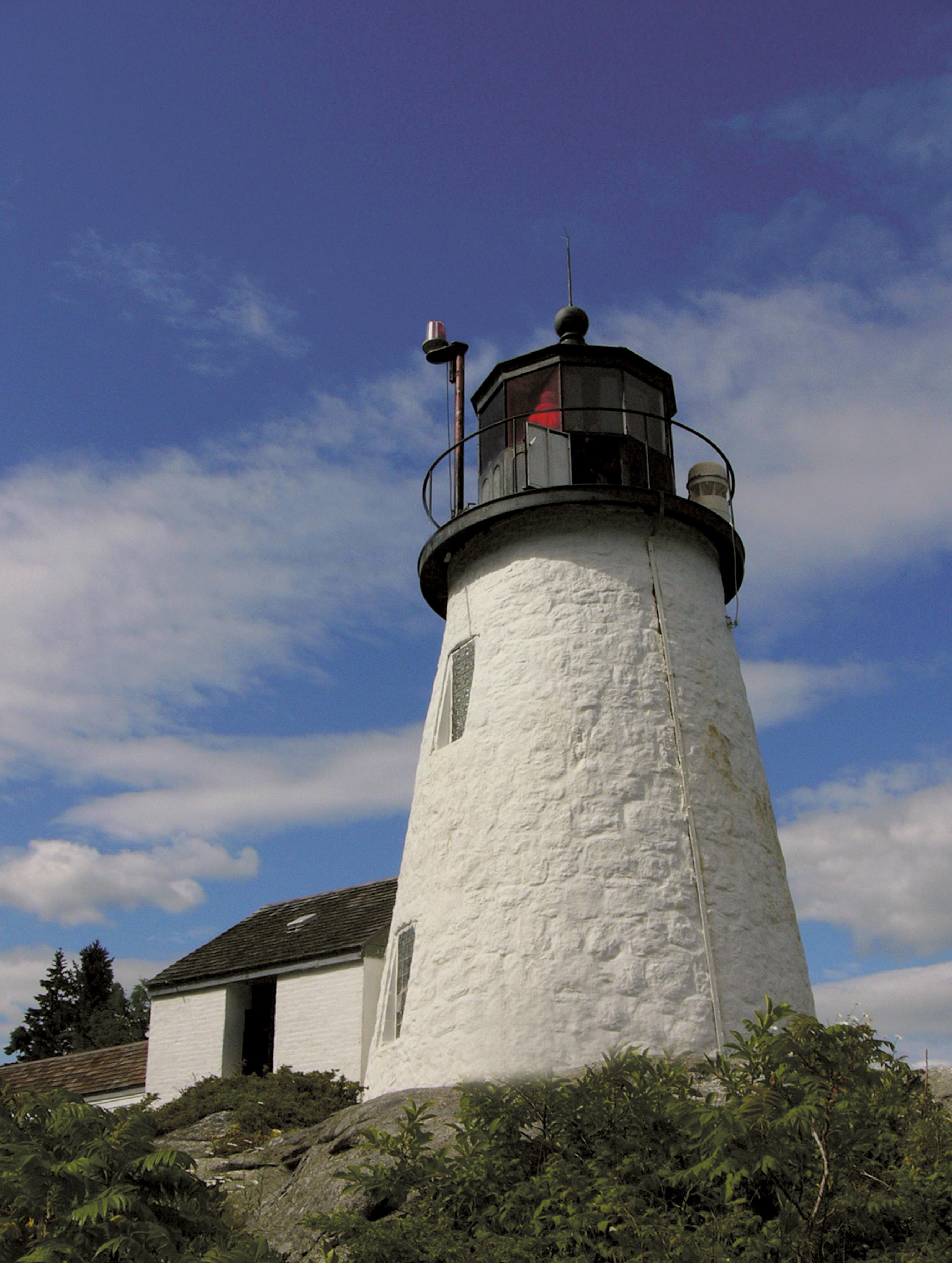Lighthouse Legends, Lore & Haunts