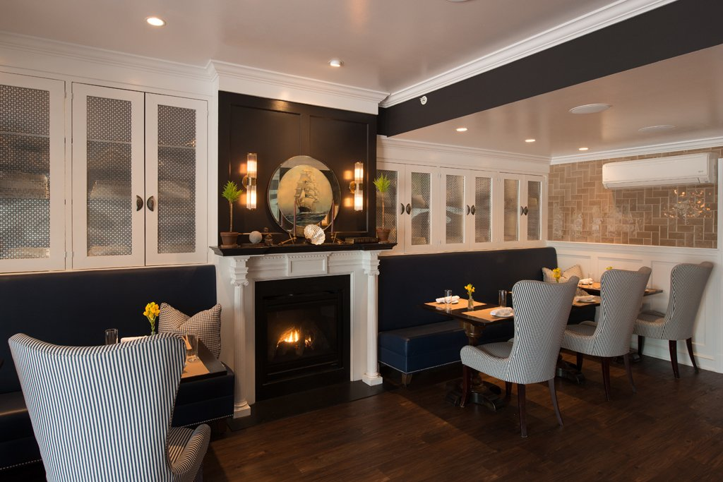 The dining room at the Kennebunkport Inn