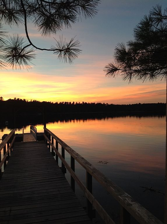 Water's Edge Retreat - beautiful sunset views.