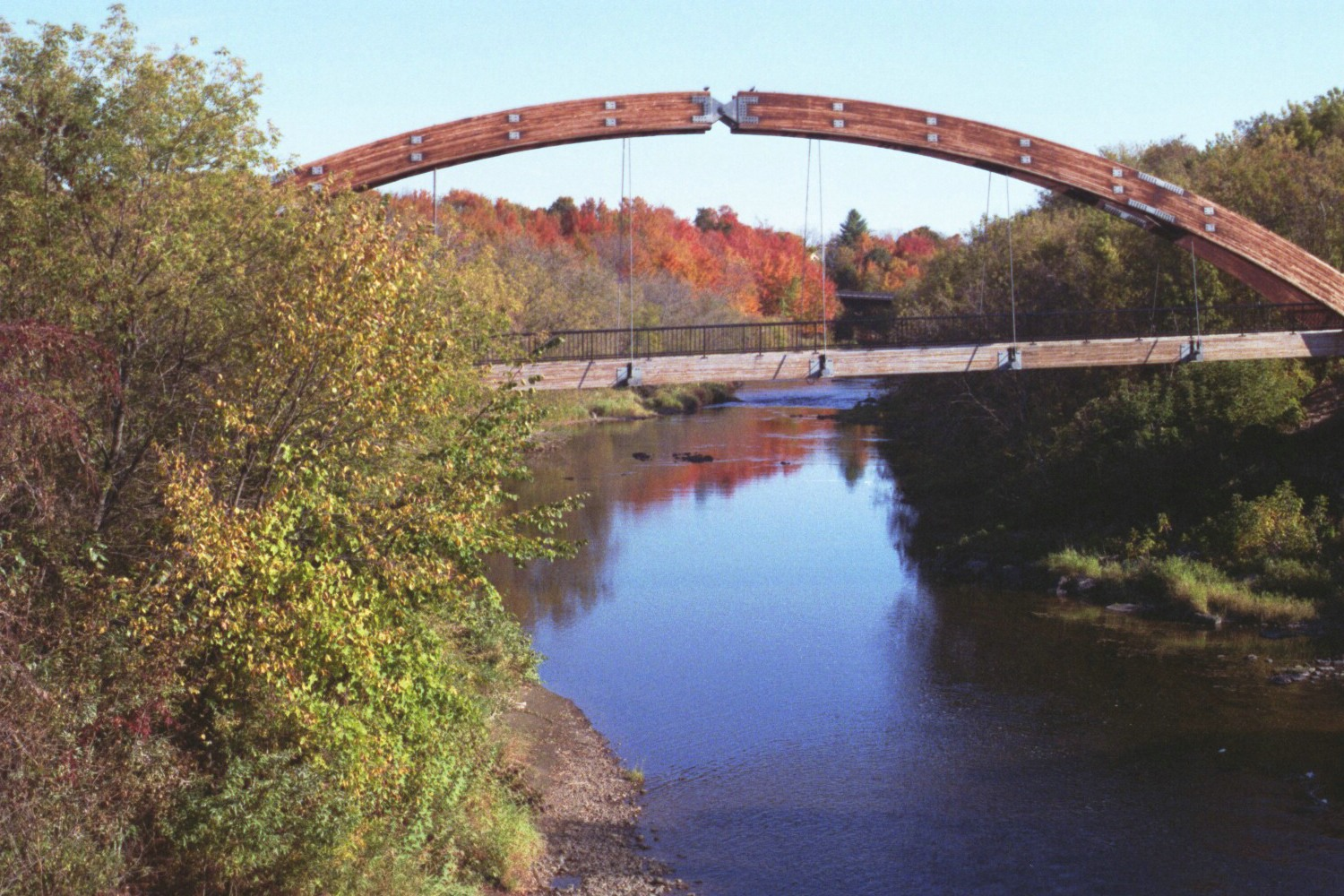 The Gateway Crossings Bridge connects Historic Market Square to a very special nature walk along the Meduxnekeag River.
