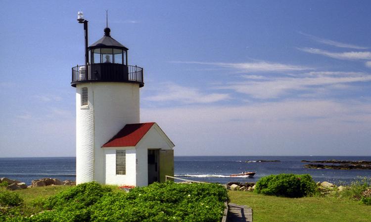 47 best Lighthouses of Narragansett Bay, Rhode Island ...  Goat Island Lighthouse