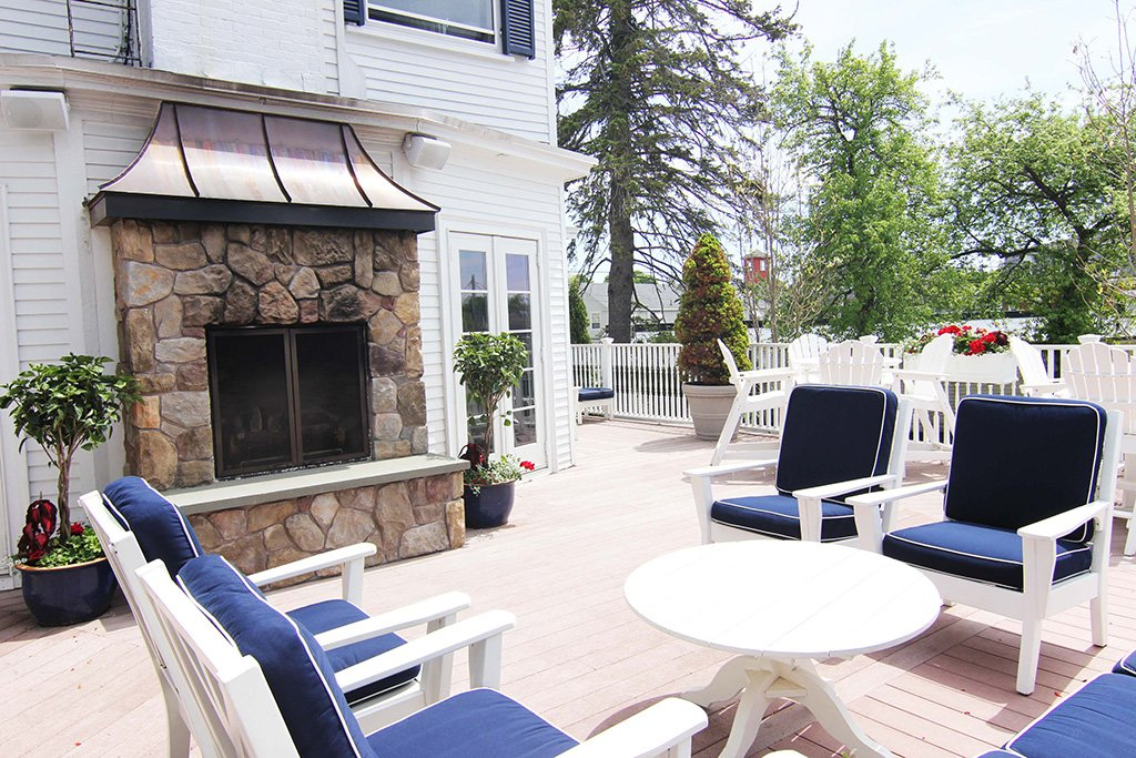 The sun deck at the Kennebunkport Inn