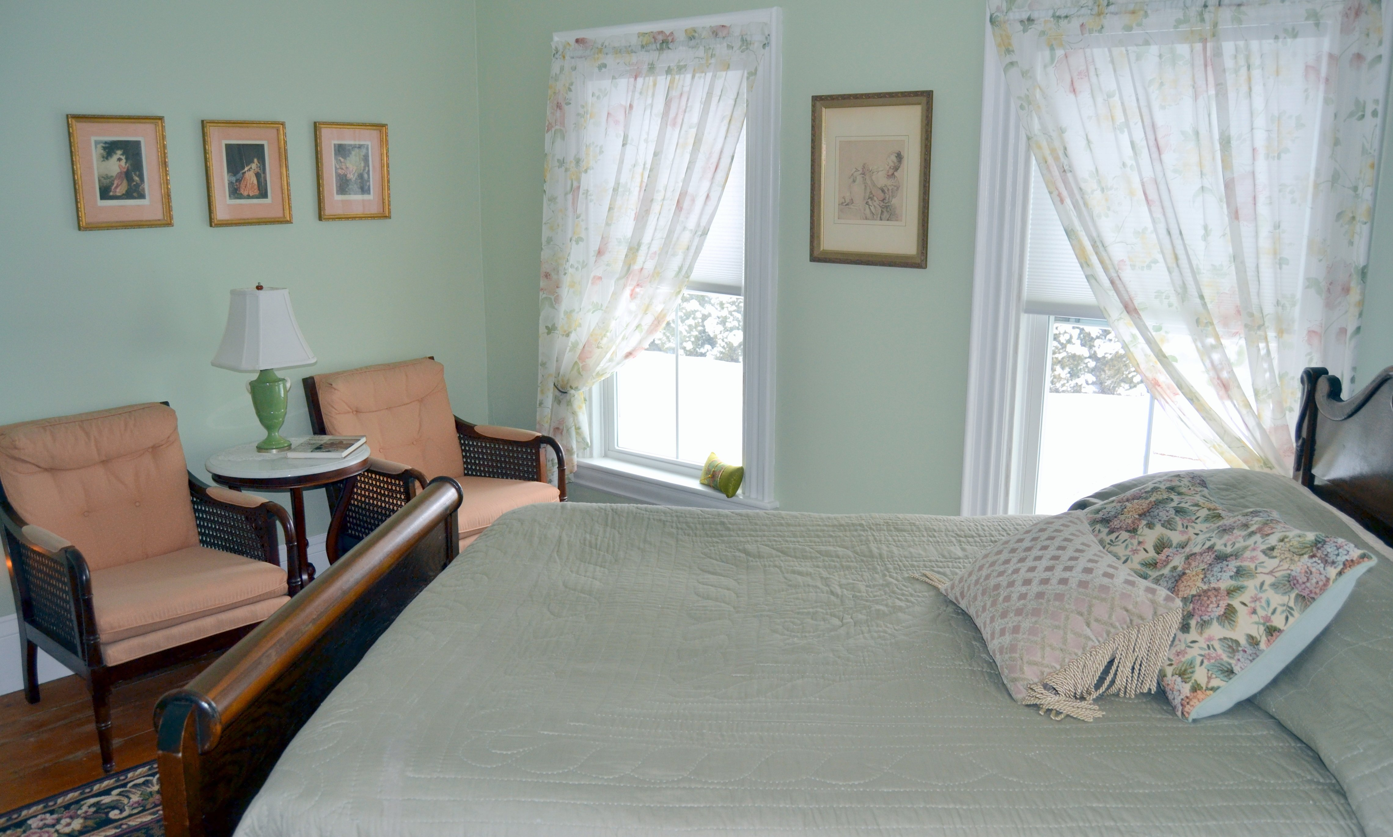 May Sarton Room, Named after the local poet from Maine, May Sarton. Queen size bed, TV, air conditioned, private bath with shower and soaking tub, full hot breakfast with continental options.