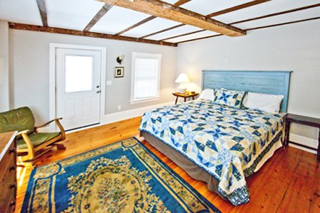 Rooms have either king or queen beds Ogunquit, Maine