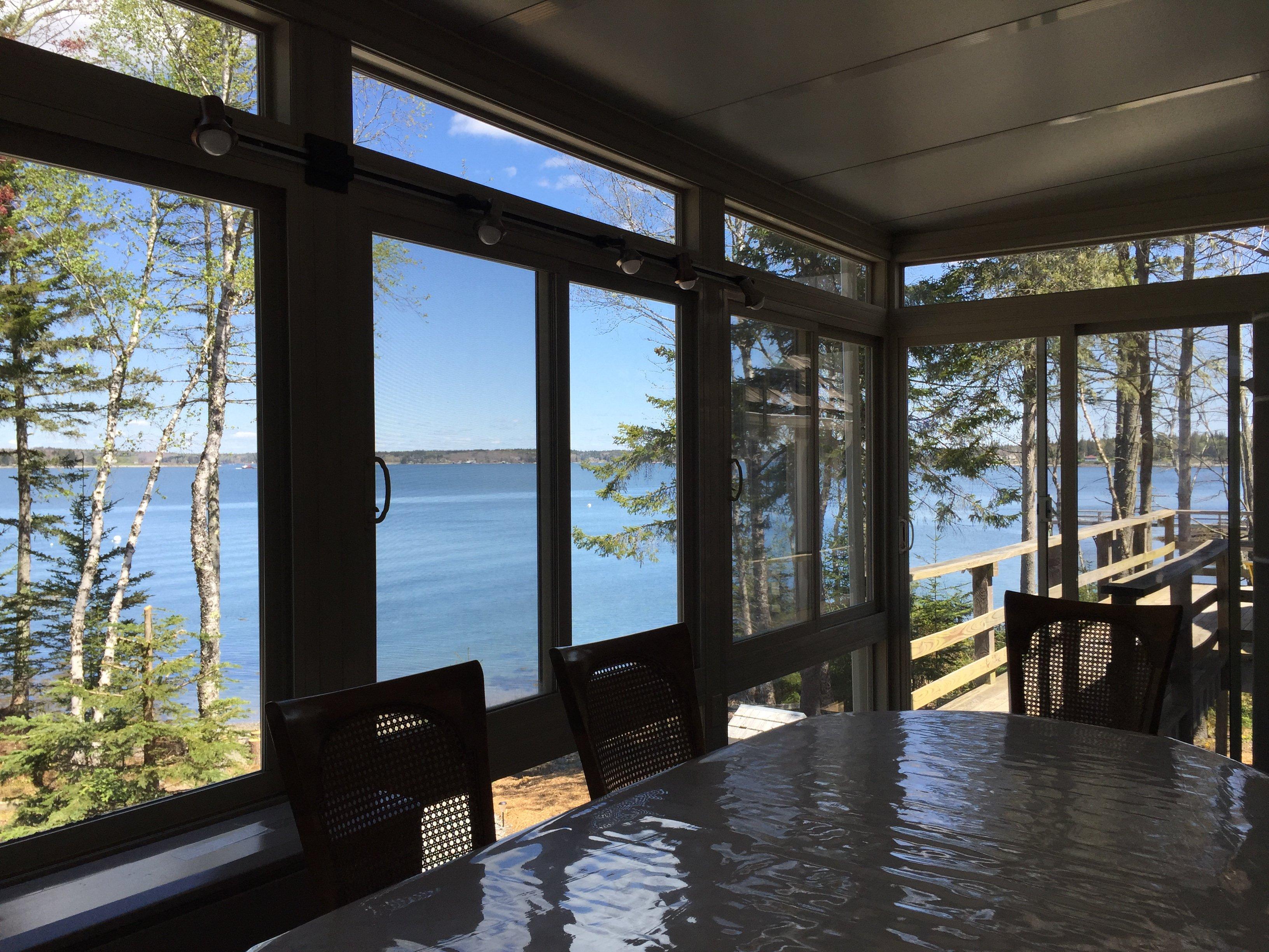 Sunroom/Dining Room