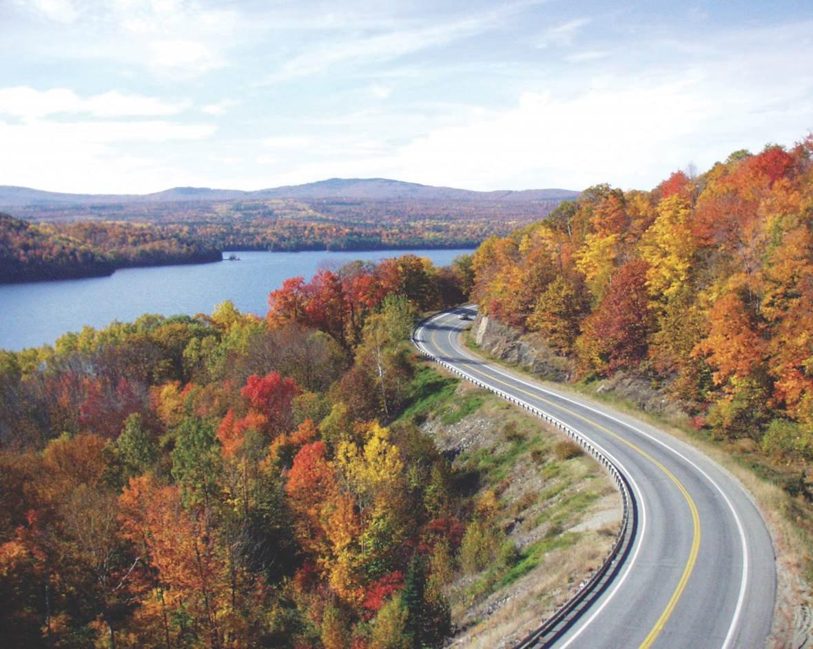Winding road in Kennebec Valley.