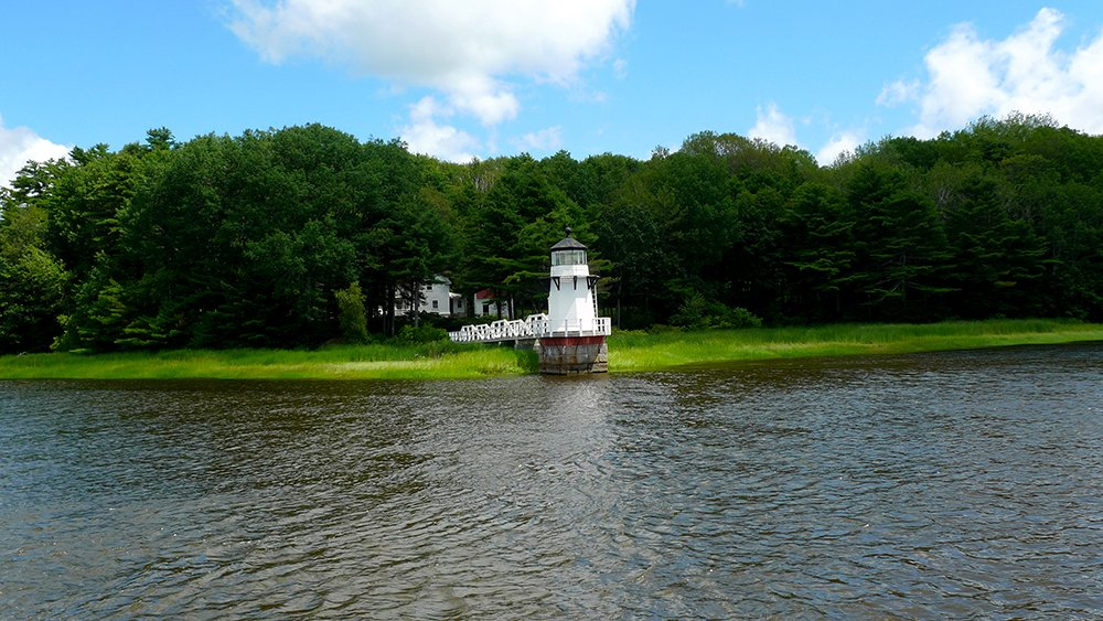 Doubling Point Lighthouse as seen from Kennebec River