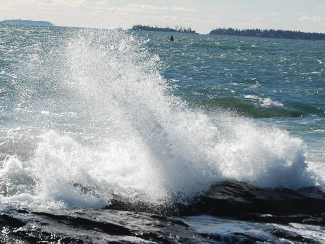 Are you a photo buff or do you just enjoy seeing and hearing the waves crash over the rocks? Walking, hiking, driving, boating, kayaking.... so many ways to enjoy our beautiful area!