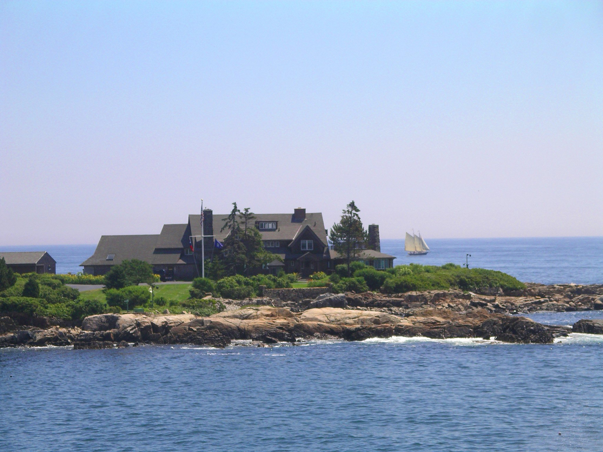 Walkers Point - see much more at KennebunkportMaineLodging.com Site