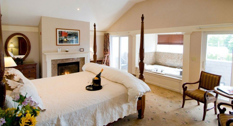 Luxury Suites with fireplaces at Meadowmere Resort Ogunquit Maine