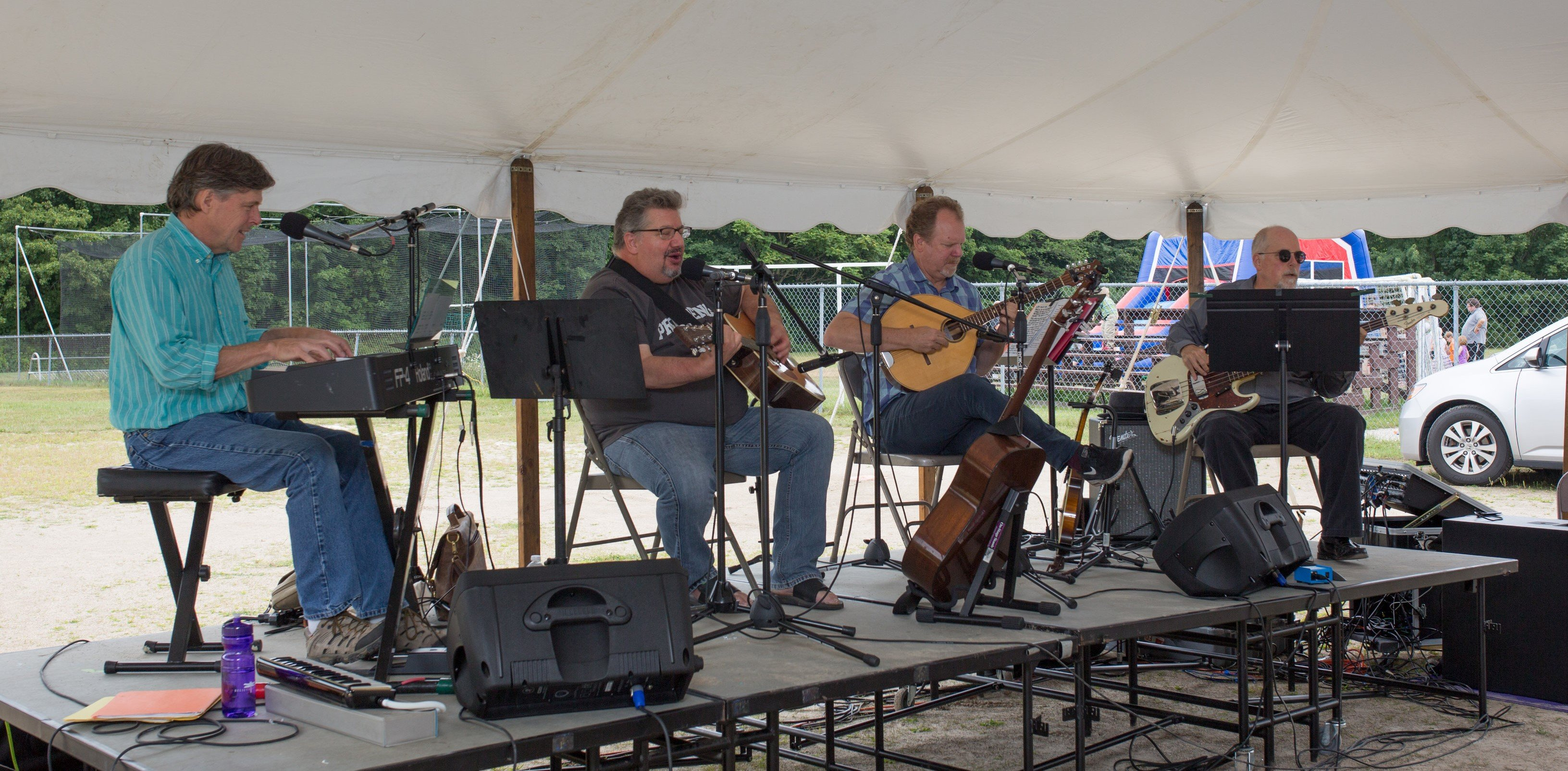 Magic 8 Ball - Americana music, performing at the 2017 Gray Blueberry Festival