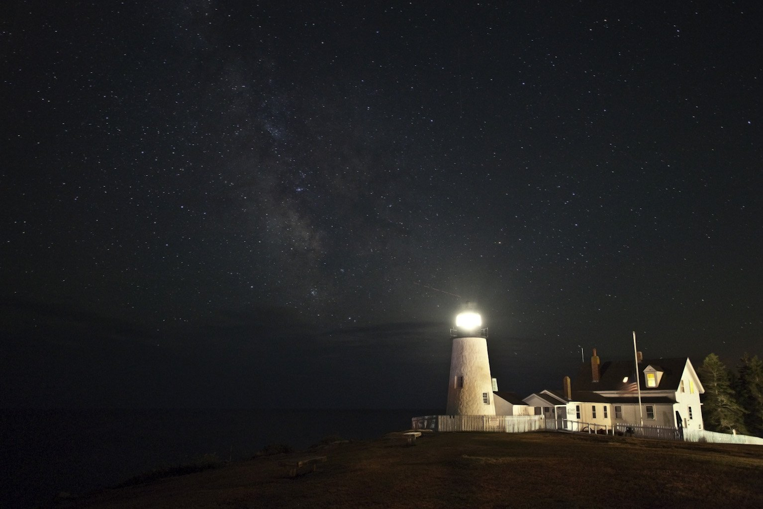 Newcastle Inn is close to historic Pemaquid Point Lighthouse.