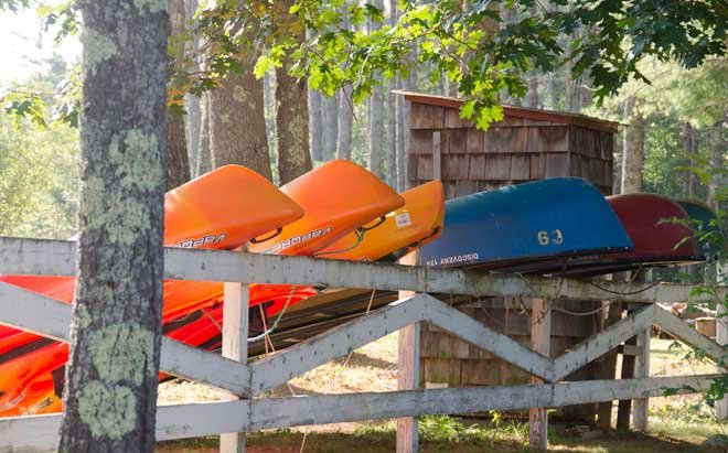 Canoes & kayaks for guests use
