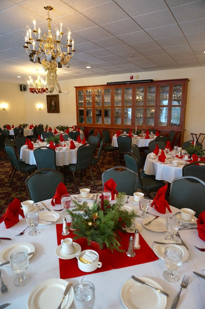 Our ballroom can accommodate events for up to 150 people.