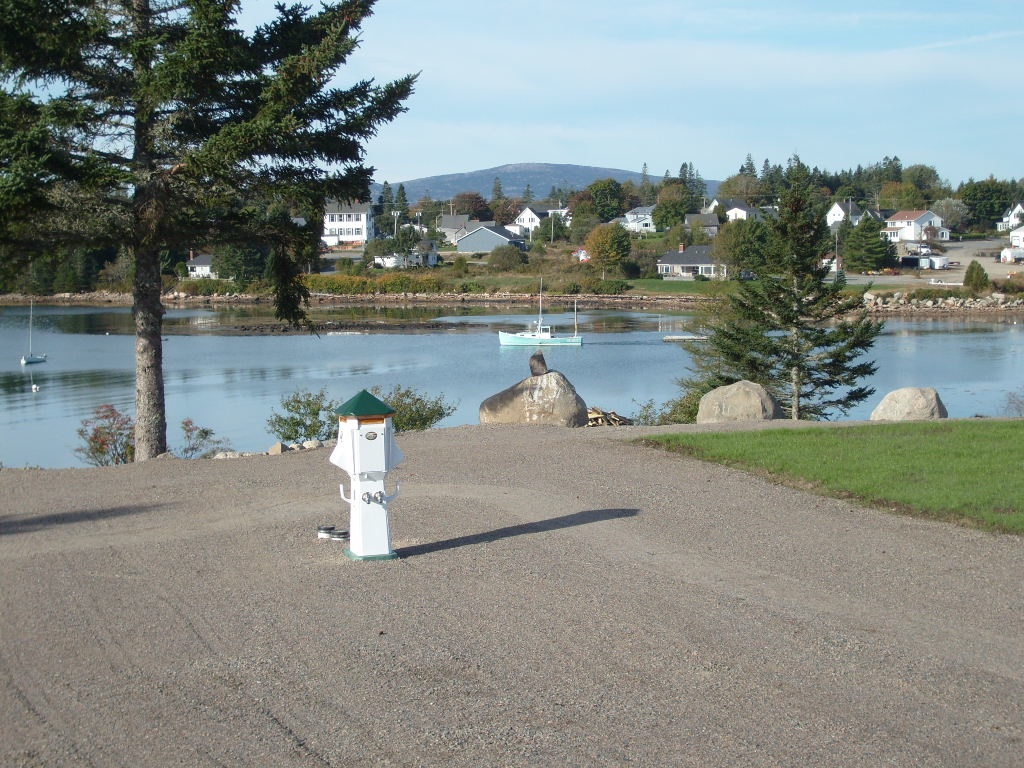 Main Stay Cottages & RV Park