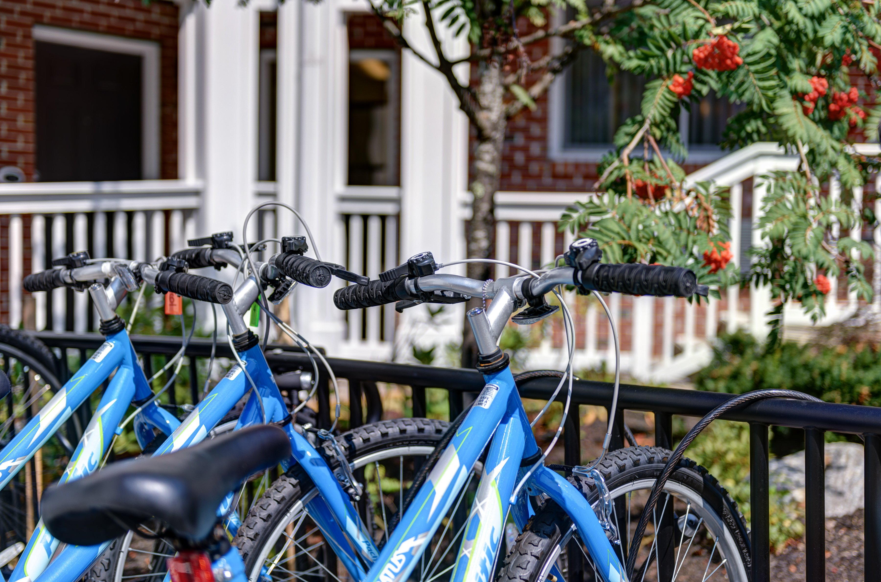 Our complimentary bike rentals offer the perfect way to explore the Kennebunk beaches and scenery.