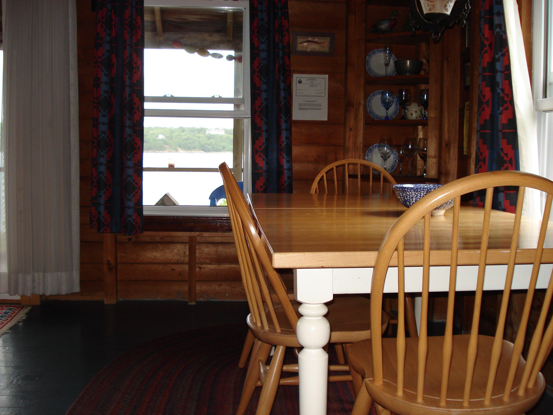White Rocks Dining Room
