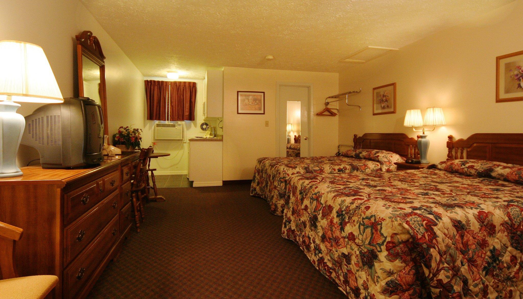 Deluxe Motel Suites