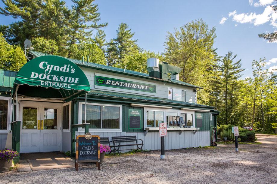 Cyndi's Dockside Restaurant and Boathouse