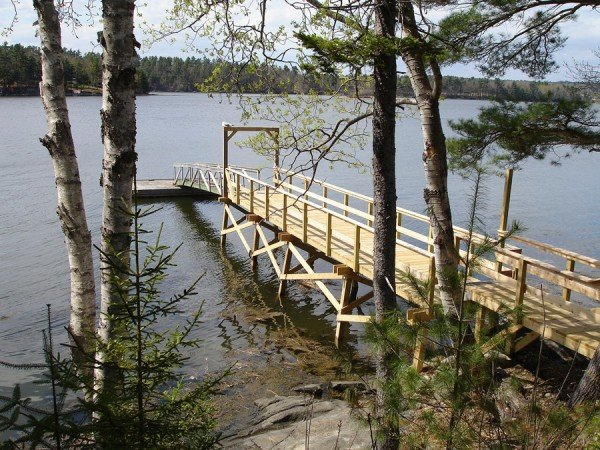 Water's Edge Retreat - Dock and Mooring - Great for kayaking and boating.