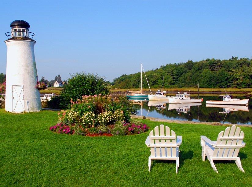 Nonantum Resort lighthouse & Adirondack chairs