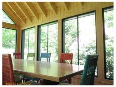 First Light Cottage - Large screen porch with oversized dining table for 10 - great for lobster fests!