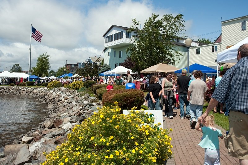 Enjoy all the Bay Festival has to offer, Food, Music, Contest and of course shopping!