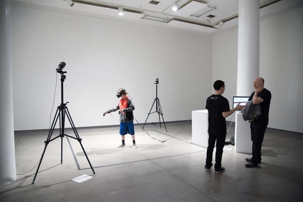 Interactive Exhibition: 'VRAGE: A Three Day Virtual Reality Art Gallery Experience'