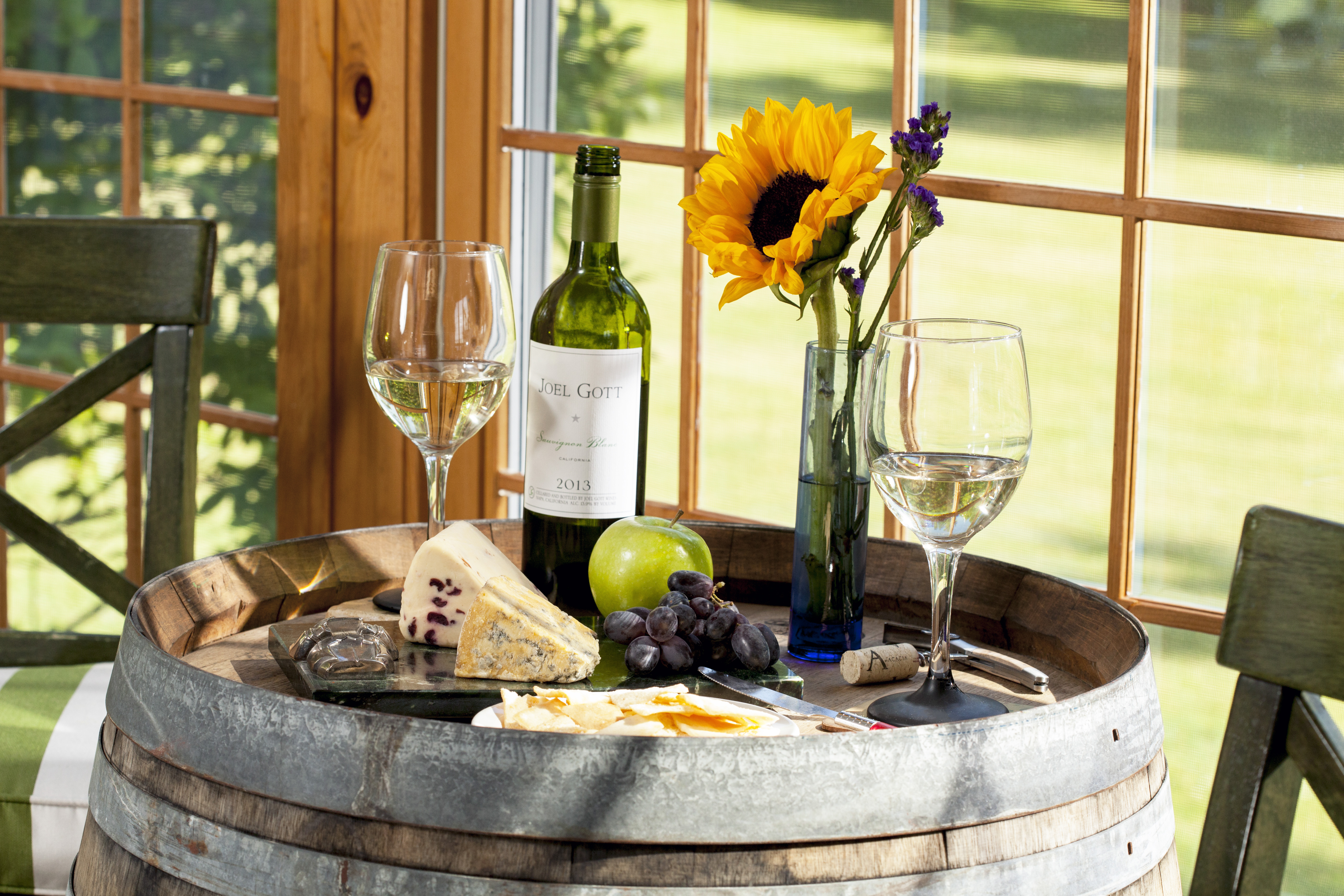 Enjoy the good things in life at the Wolf Cove Inn.