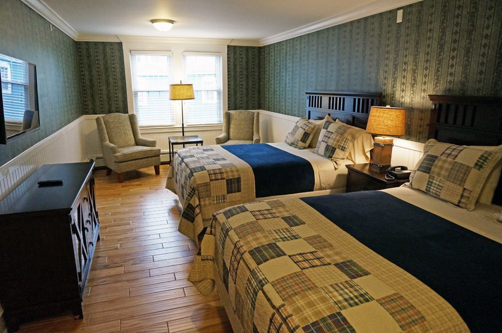 A variety of guestrooms are available to accommodate diverse needs.