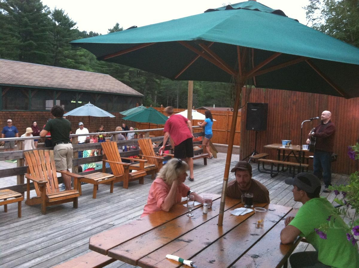 Food & drink is served outside during the summer months at the Kennebec River Pub & Brewery.