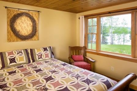 Guest Room Lakeside with King Bed