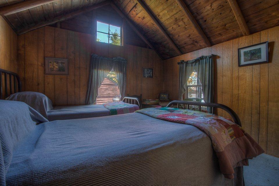 Cricket Bedroom